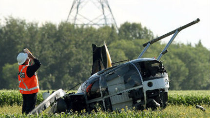 hughes helicopter for sale with Helicopter Crashes Two Injured Working On Heartland Power Line on Accidents eurocopter also Pic Detail also As350 leecounty in addition McDonnell Douglas MD 500 Defender besides 489956.